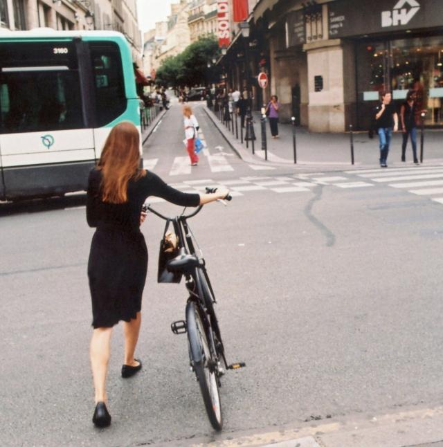 crossing-rue-de-rivoli-by-bhv-paris-4e-2010