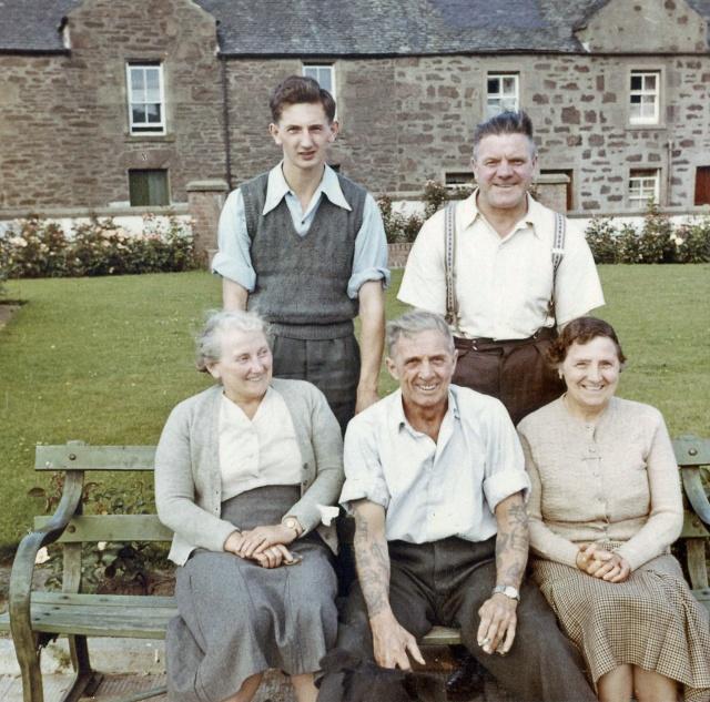 scots-adult-group152