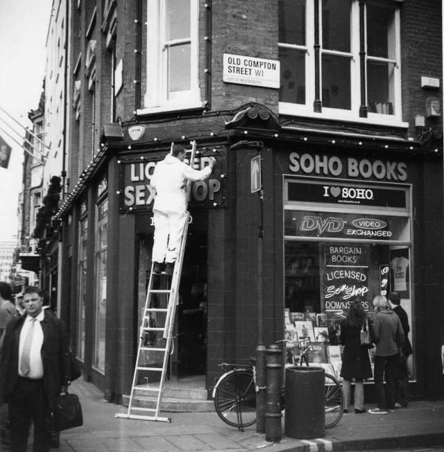 soho-up-a-ladder-sex-shop-old-compton-street-corner-deans-st-2007